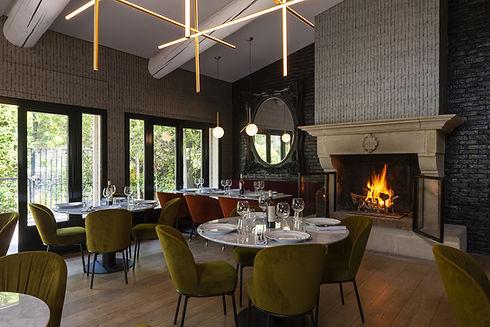 Relais-1317-FR-Hotel-Maison-Arquier-restaurant-interieur-2722.jpg