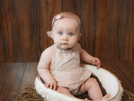 FAQ - What to expect from my Little Sitter Photoshoot? | Hampshire | Starspeckled Hearts Photography