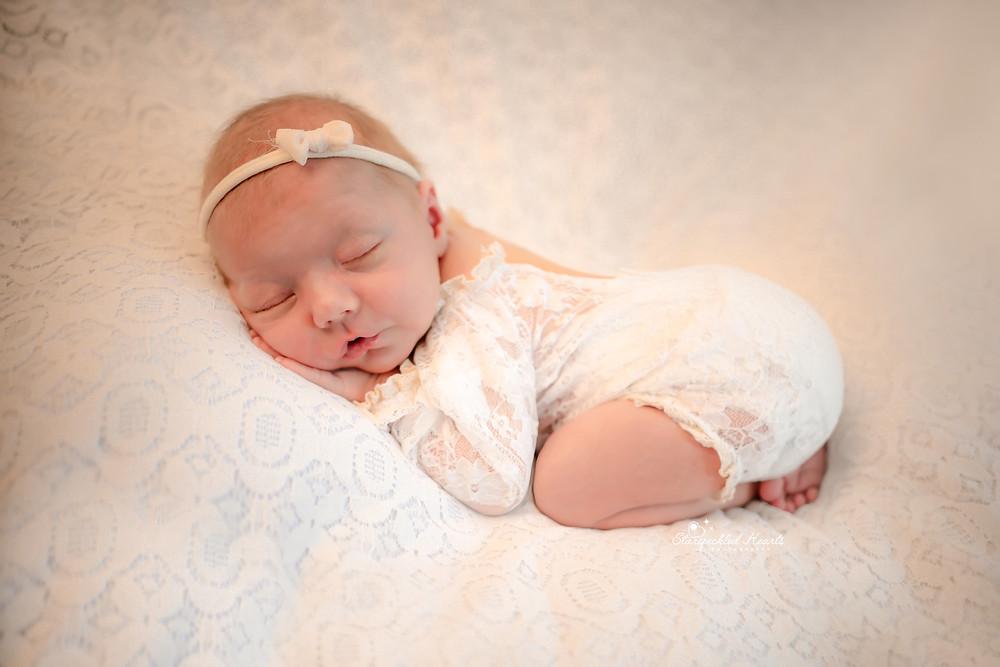 baby girl tushie up pose