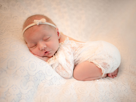 Newborn Baby Photographer Woking   Bracknell   Windsor   Crowthorne   Staines   Middlesex   Surrey