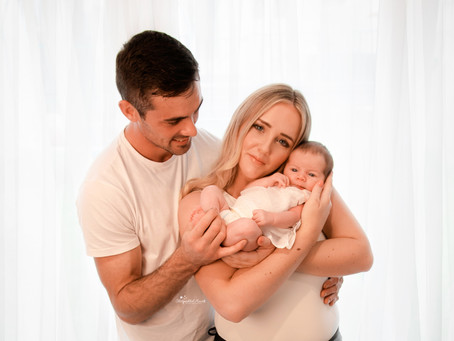 Newborn Baby & Family Photographer Guildford | Godalming | Woking | Uxbridge | Surrey | Berkshire