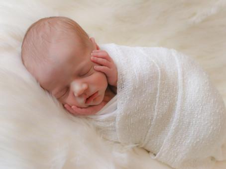 Newborn Photoshoot - Jensen | Farnham | Camberley | Surrey | Starspeckled Hearts Photography