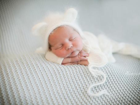 Newborn Photographer Cobham | Camberley | Farnham | Bracknell | Surrey | Hampshire | Berkshire