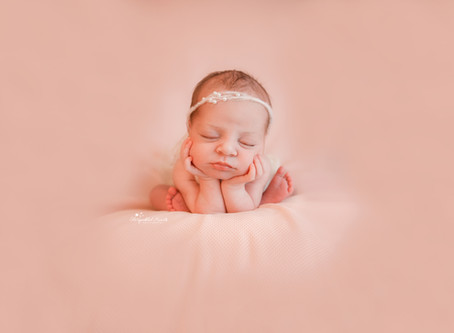 Newborn Baby Photographer Weybridge | Hook | Woking | Guildford | Chertsey | Epsom | Cobham