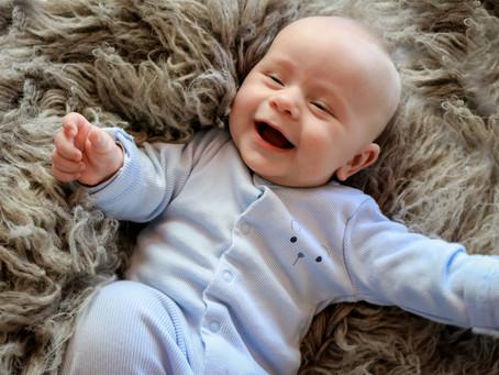 Little Smiler - Finnley | Basingstoke | Oakley | Chineham | Tadley | Starspeckled Hearts Photography