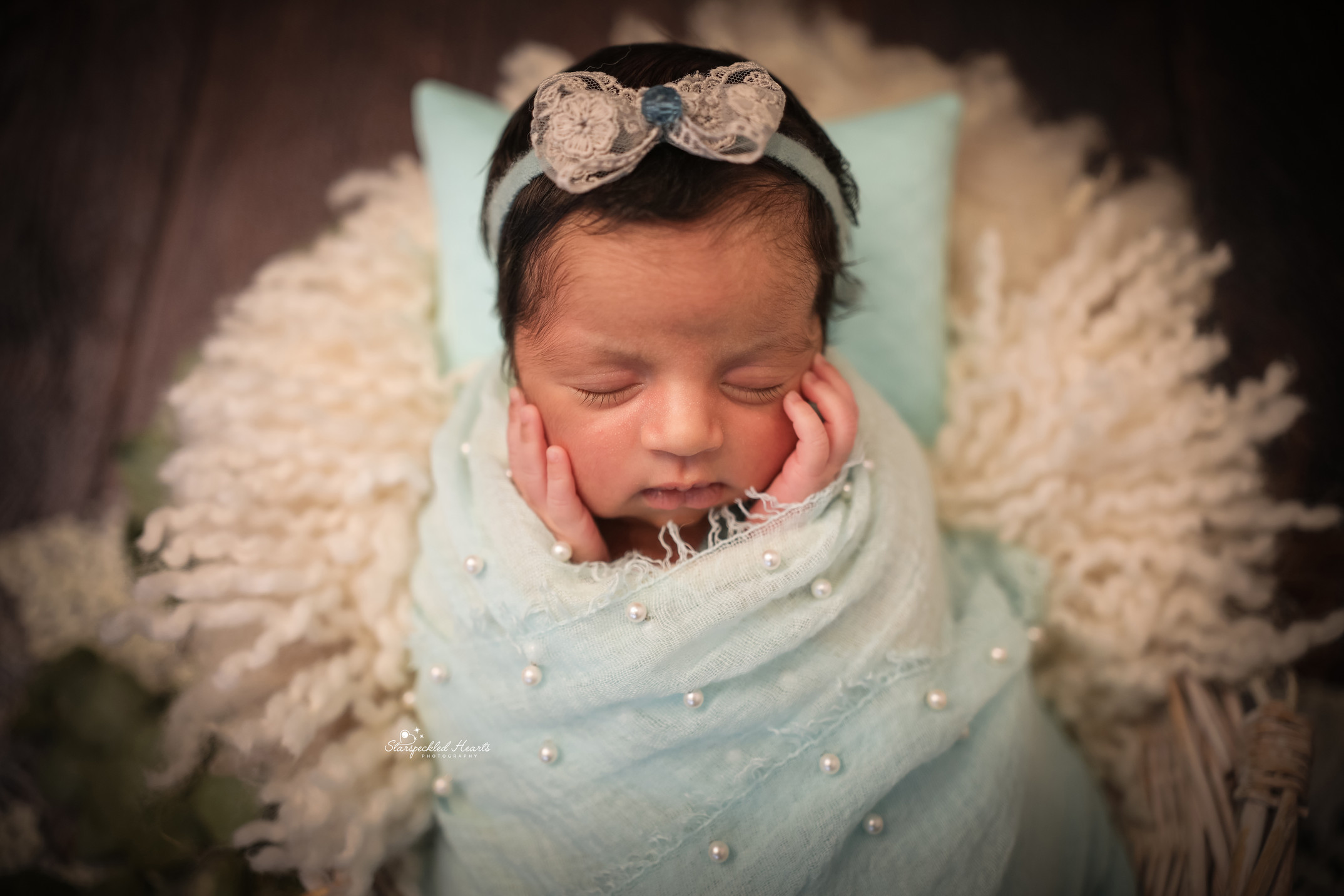 best newborn photographer hampshire surrey berkshire