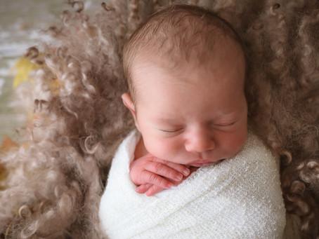 Newborn Photoshoot - Keanu | Frimley | Woking | Hampshire | Surrey | Starspeckled Hearts Photography