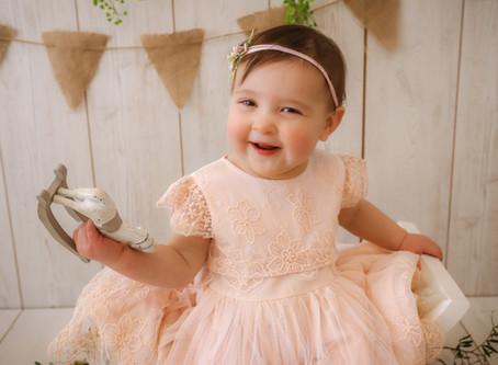 1st Birthday Photoshoot - Emilia | Woking | Farnborough | Fleet | Starspeckled Hearts Photography