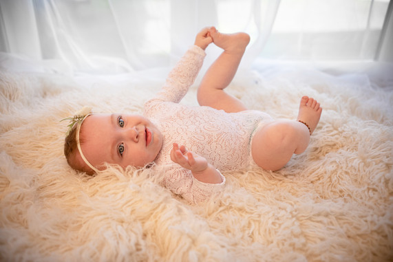 baby photographer surrey berkshire hampshire