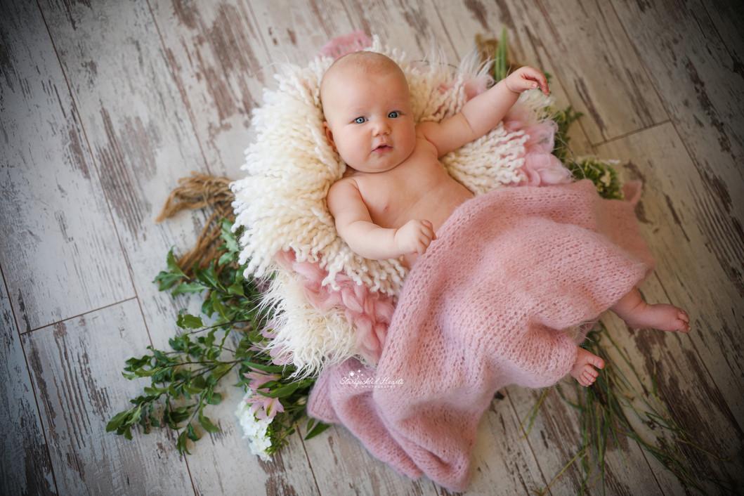 newborn baby photographer aldershot hampshire