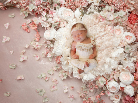 Newborn Baby Photographer in Hampshire | Surrey | Starspeckled Hearts Photography