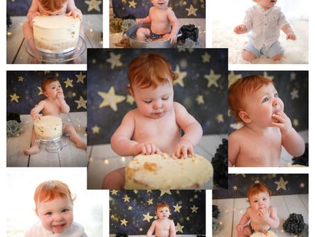 Cake Smash Photographer Reading | Guildford | Cobham | Wokingham | Surrey | Hampshire | Berkshire