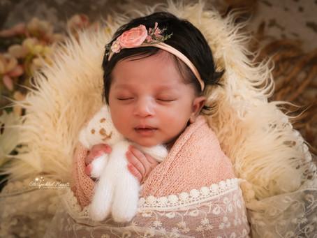 Newborn Photographer Farnham | Guildford | Woking | Camberley | Surrey | Hampshire | Baby Leah