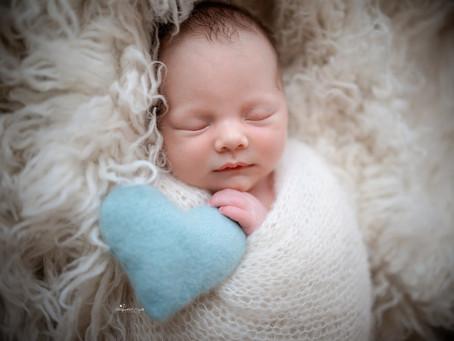 Newborn Baby Photographer Dorking | Epsom | Leatherhead | Staines | Pirbright | Surrey | Hampshire