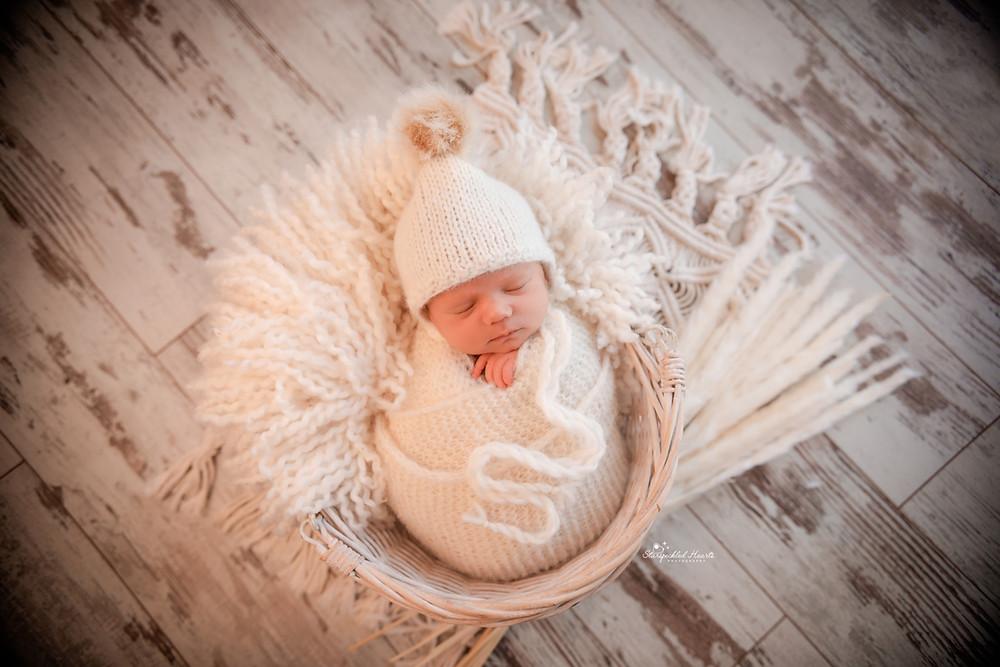 best newborn photographer near me surrey berkshire hampshire