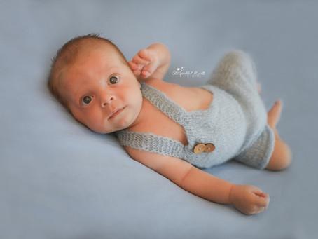 Newborn Photographer Aldershot | Camberley | Farnham | Bracknell | Surrey | Hampshire | Berkshire