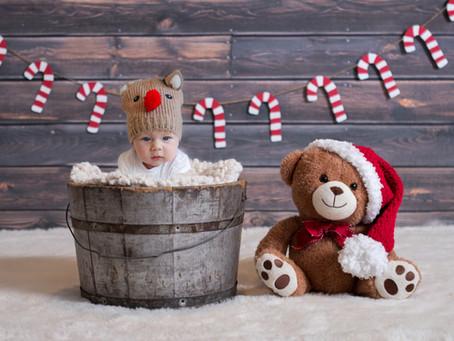 Little Smiler - Alfie's Christmas Mini | Bracknell | Berkshire | Starspeckled Hearts Photography