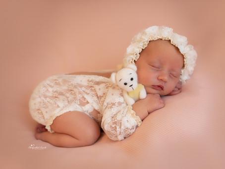 Newborn and Baby Photographer Basingstoke   Aldershot   Guildford   Reading   Woking   Staines