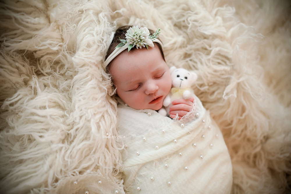newborn photographer reading berkshire hampshire surrey