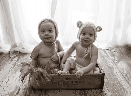 Little Sitter Session - Twin Boys R and L   Farnham   Woking   Starspeckled Hearts Photography