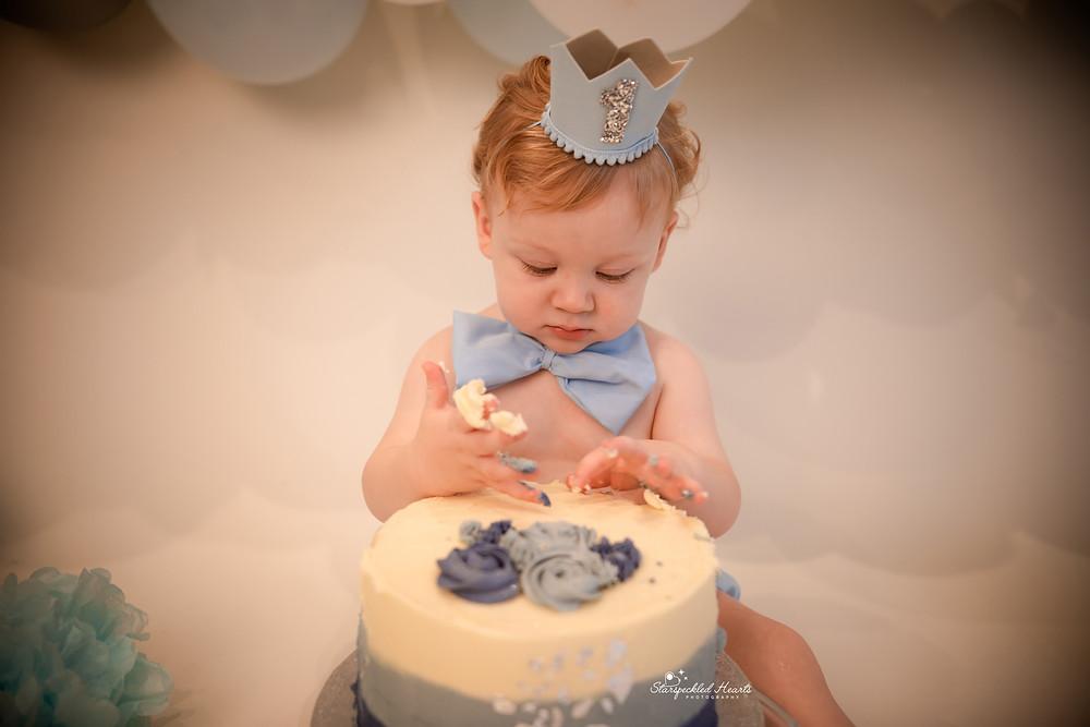 cake smash photographer near me hampshire surrey
