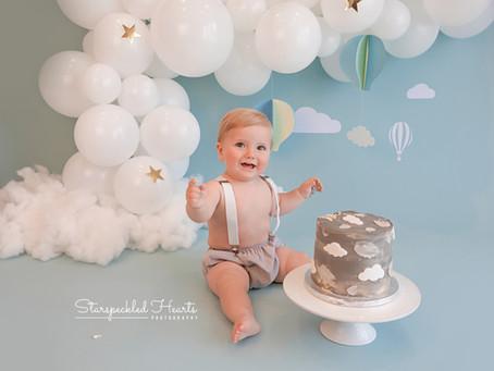Cake Smash Photoshoot | Farnham | Surrey | Hampshire | Berkshire | Starspeckled Hearts Photography