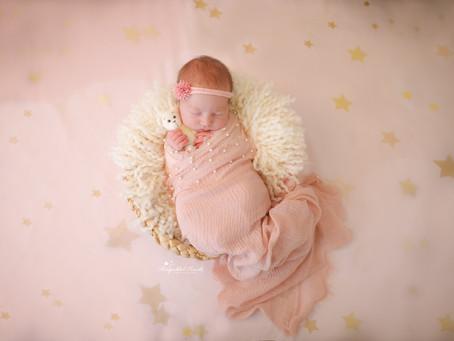 Newborn Photographer Farnham | Odiham | Woking | Epsom | Camberley | Pirbright | Surrey | Hampshire