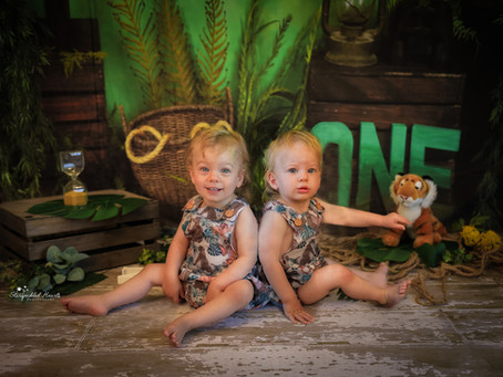 1st Birthday Cake Smash Photoshoot in Hampshire | Surrey | Berkshire | Jungle Themed Twin Cake Smash