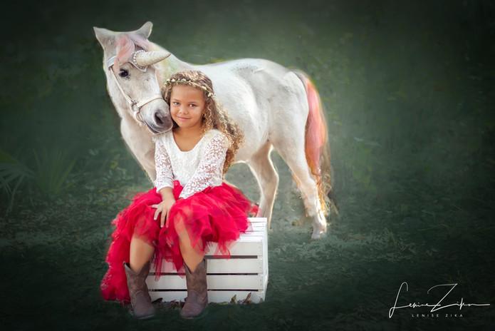 LeniseZikaPhotography Unicorn Red w:crat