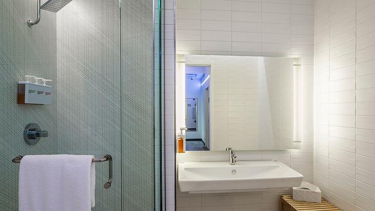 Private shower room_Alan Gilbert_edited.jpg