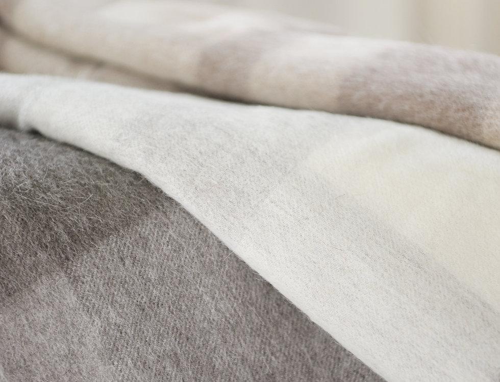 Manta Baby Alpaca cuadros (gris, crudo, chocolate)