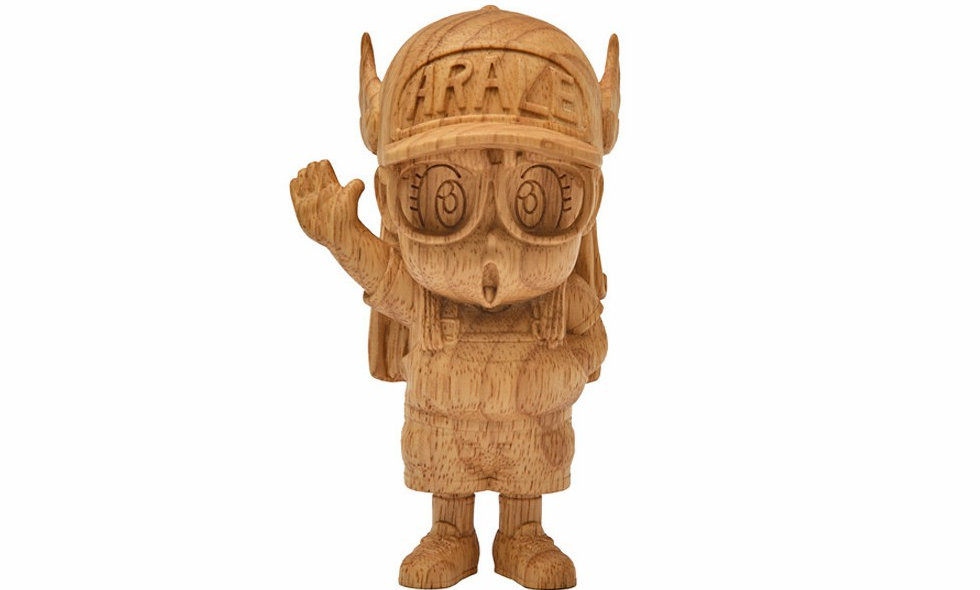 Dr. Slump Arale wooden figurine (Limited 200)