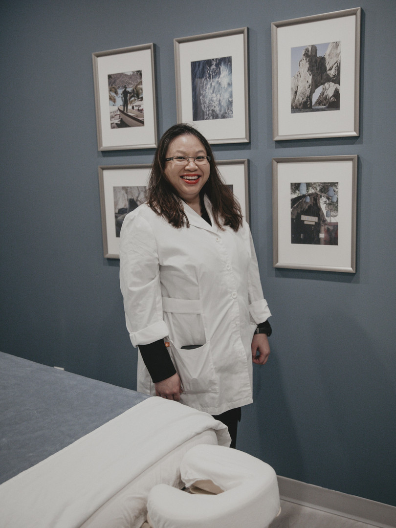 Dr. Rebecca - Acupuncturist