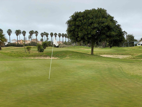 Hoyo 8 Family Golf Park