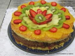 Tarta de kiwi y fresas