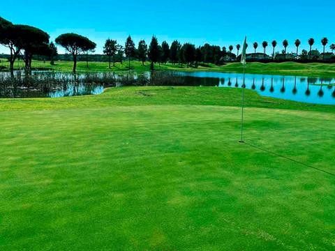 Hoyo 2 Family Golf Park
