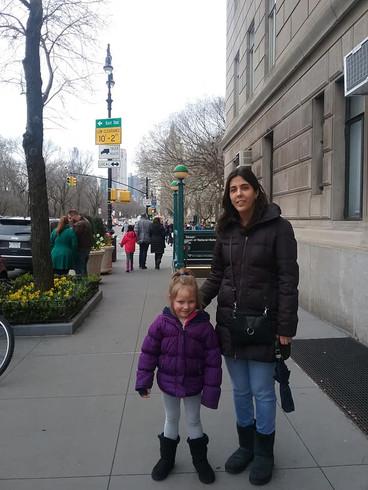 Spending a day in Manhattan with our niece.  Pasando el dia en Manhattan con nuestra sobrina.