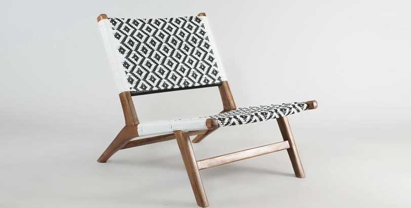 Jatiplus chair (Black and white)