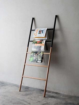 FIlippa Wide Leaning Ladder Choco