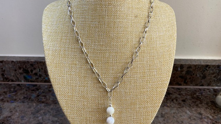 Silver plated paperclip chain with mother of pearl beads