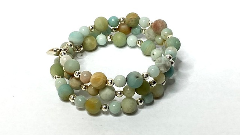 Beautiful turquoise and pastel blue bracelet made with semi precious beads