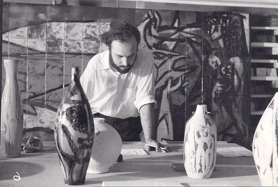 Jordi Bonet, céramiste, sculpteur. Sculptor.