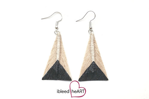 Black Dipped Cream Triangle Shape - #tr6