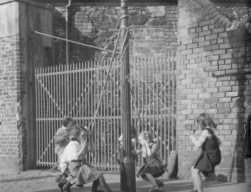 Children playing on Pilot street
