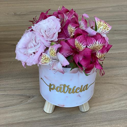Cachepot Acrílico Personalizado com Flores Naturais (Médio)
