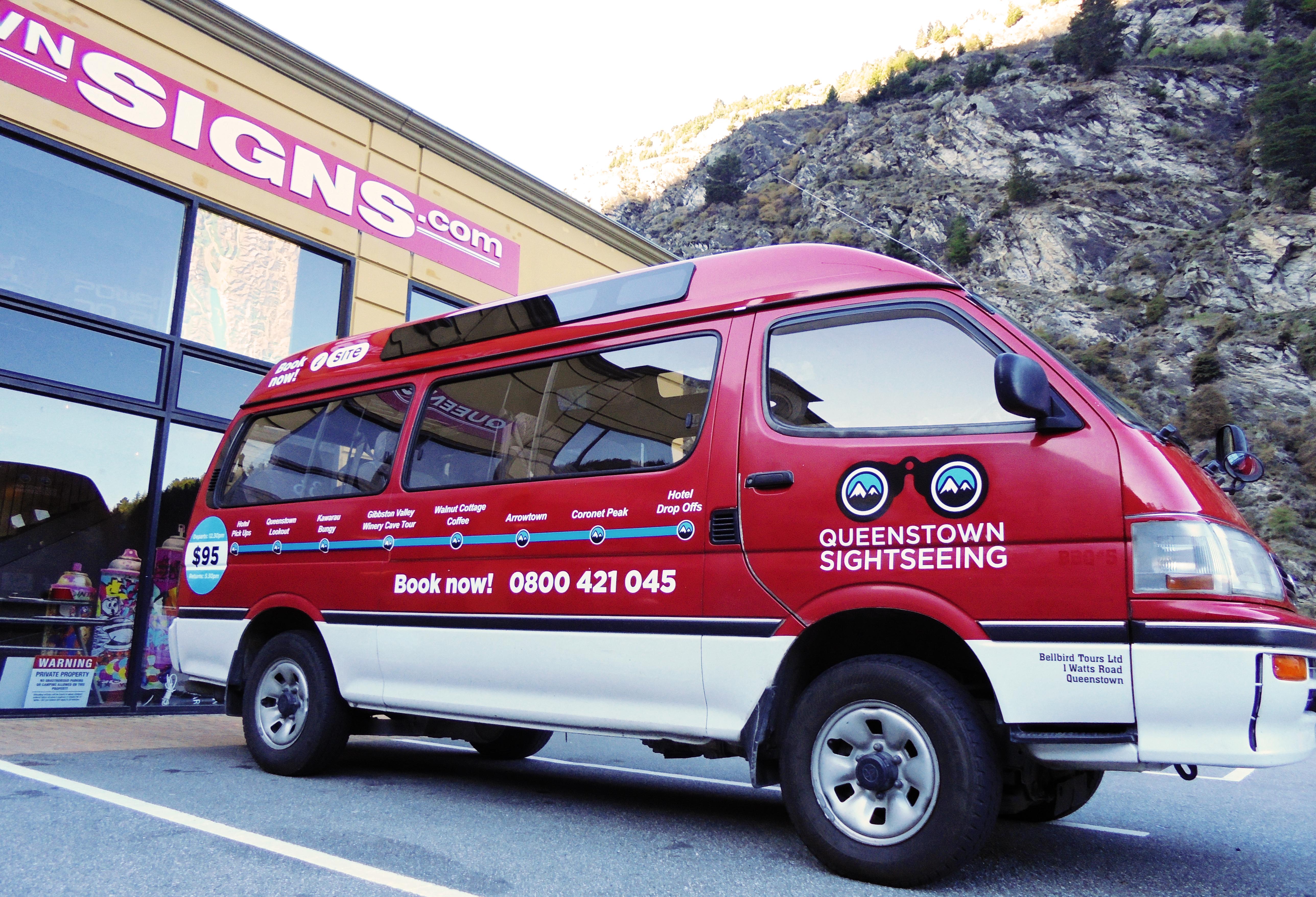 QT Sightseeing Van