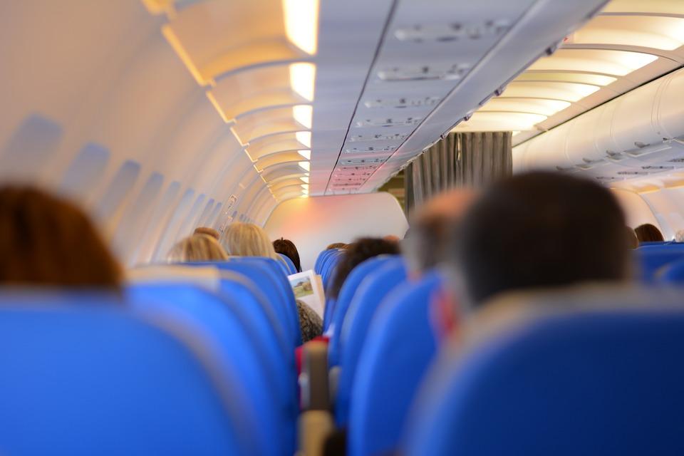 passengers-519008_960_720.jpg