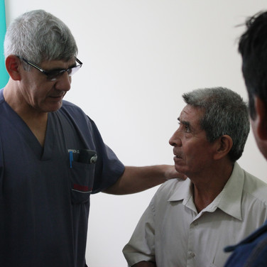 Peruvian and American doctors collaborate on cases