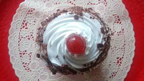 Eggless Blackforest cupcakes