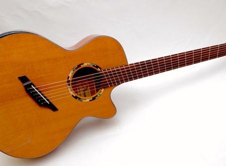 O'traのファンドフレット・ギターまもなく登場です!